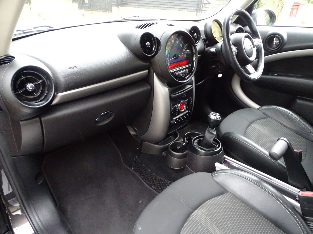201515 MINI COUNTRYMAN SOLD (picture 15 of 18)