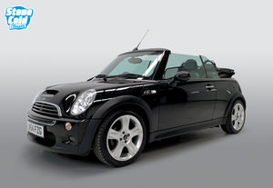 Picture of 2004 Mini Cooper S Chili Pack  DEPOSIT TAKEN SOLD
