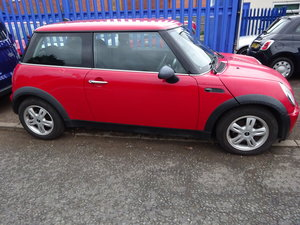 MINI ONE 55 PLATE 1.6cc PETROL 5 SPEED 82,000 MILES NEW MOT