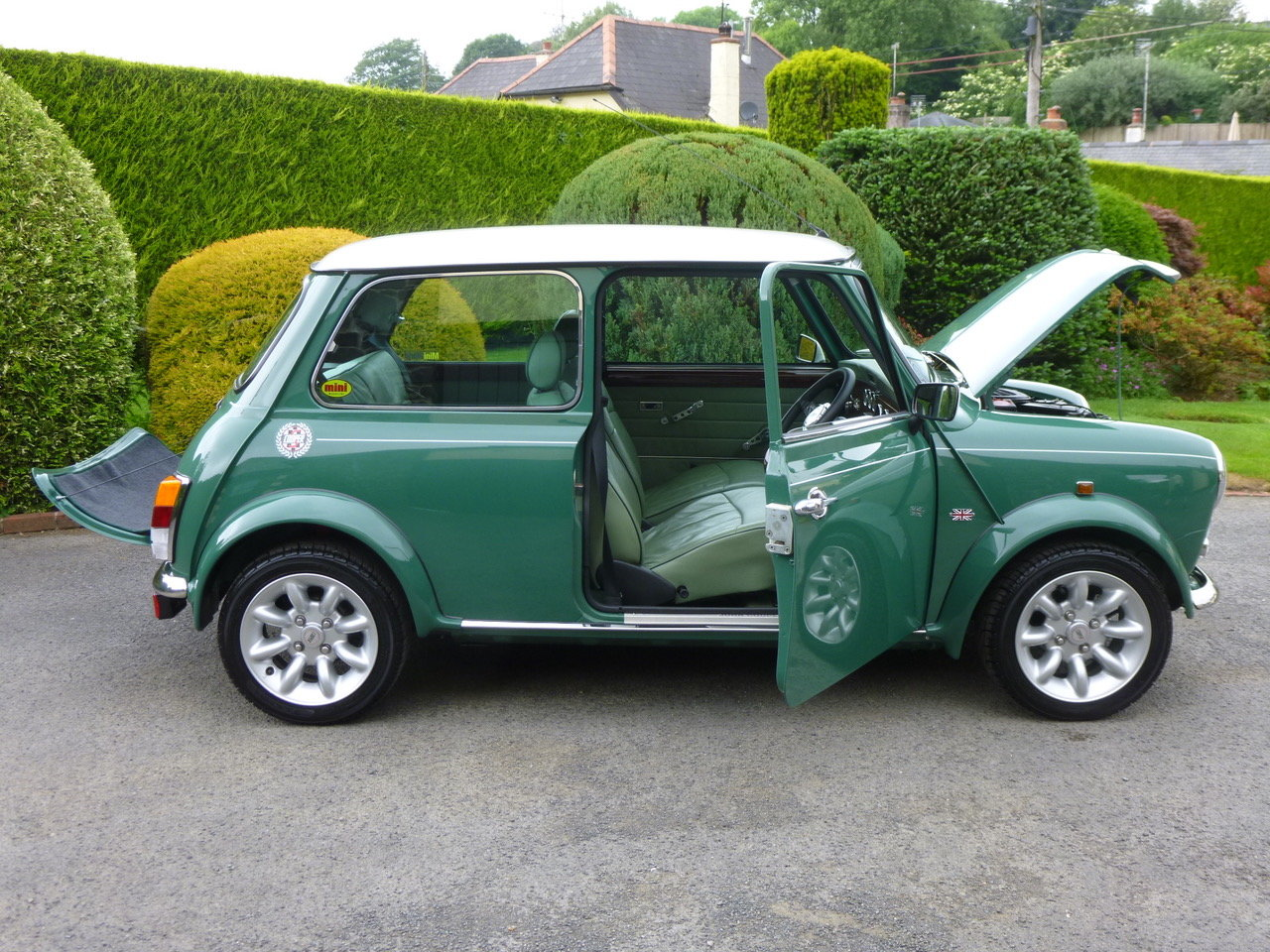 1997 Outstanding Mini John Cooper S Works On Just 19820 Miles. SOLD (picture 3 of 25)