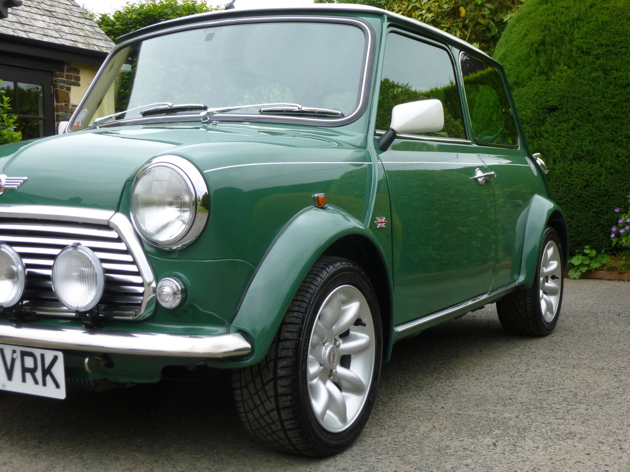 1997 Outstanding Mini John Cooper S Works On Just 19820 Miles. SOLD (picture 6 of 25)