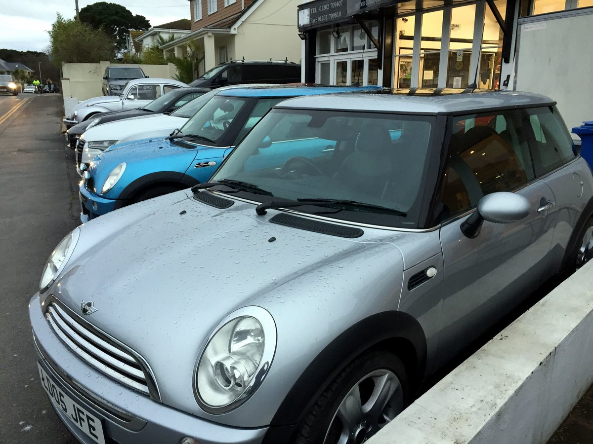2005 MINI COOPER RC53 MANUAL 3 DOOR HATCHBACK For Sale by Auction (picture 3 of 8)