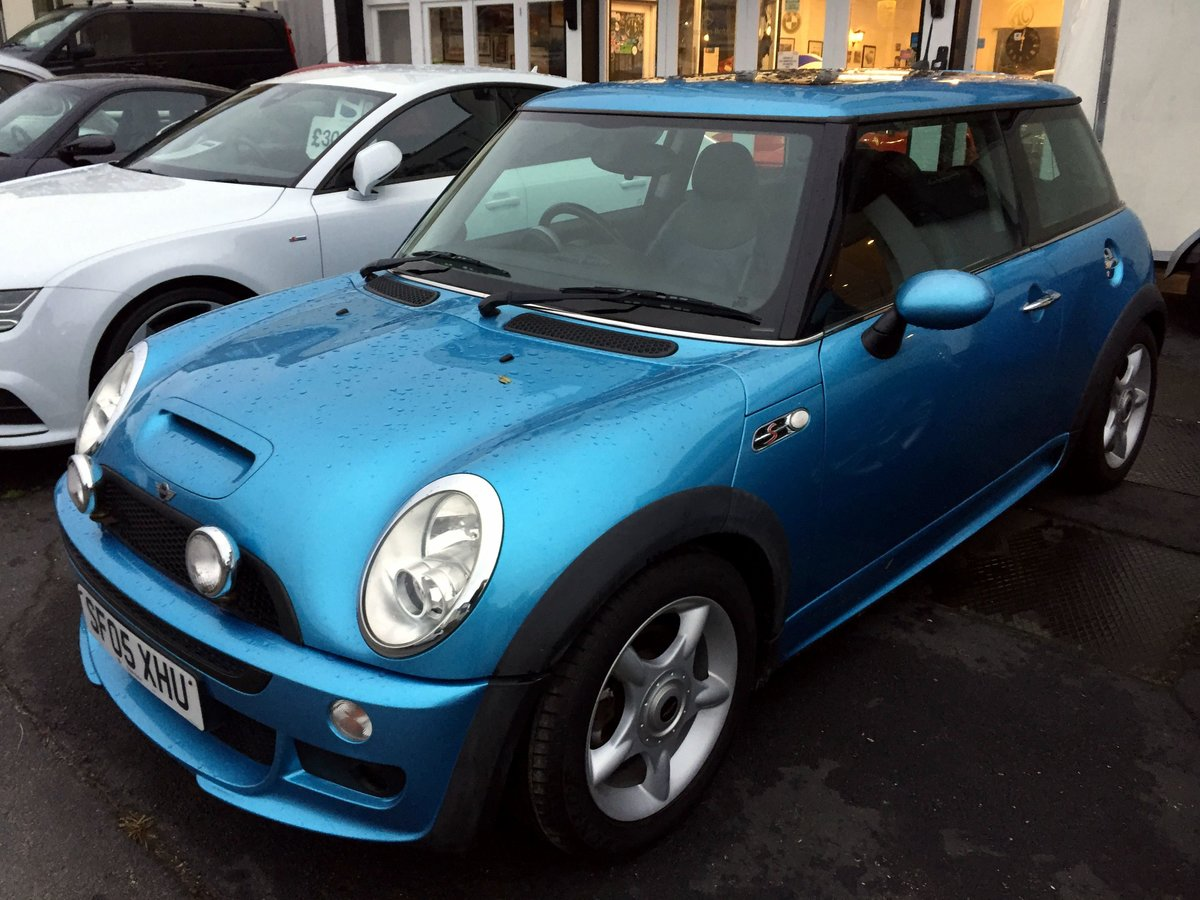 2005 MINI COOPER S RE32 SUPERCHARGED AUTOMATIC 3 DOOR HATCHBACK For Sale (picture 2 of 11)