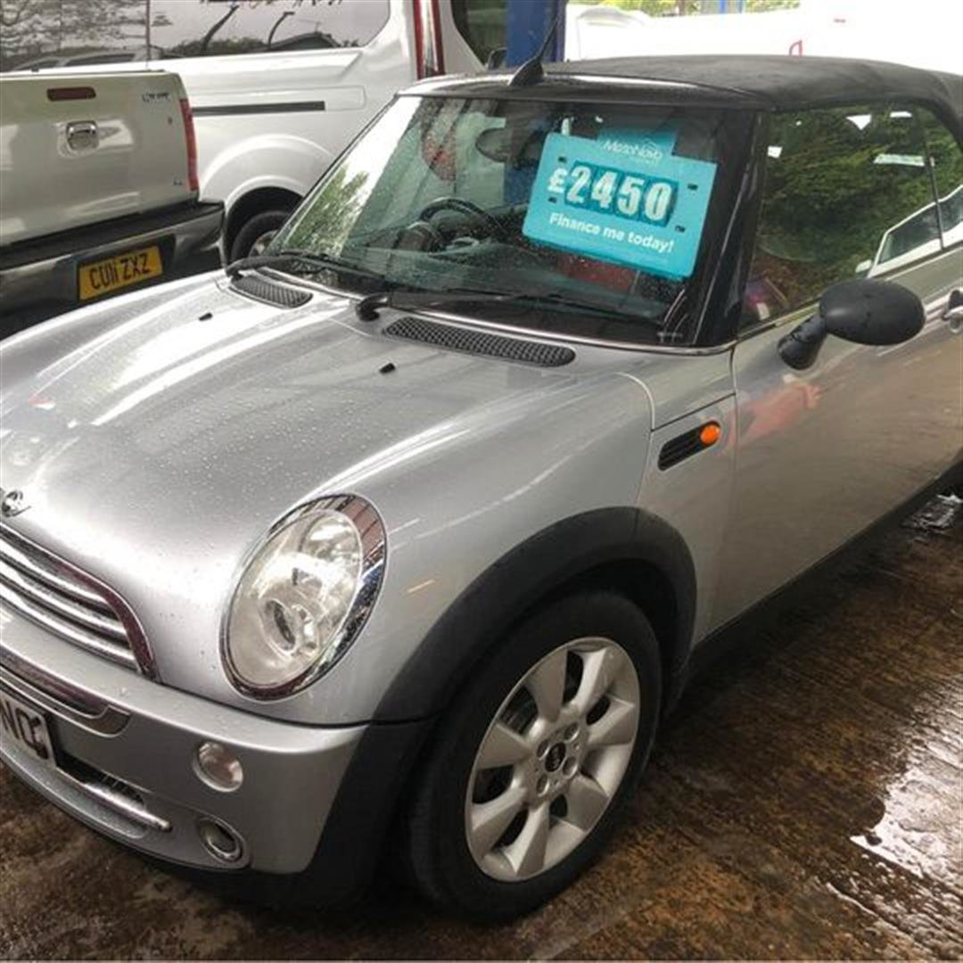 2004 Silver convertible mini one For Sale (picture 1 of 11)