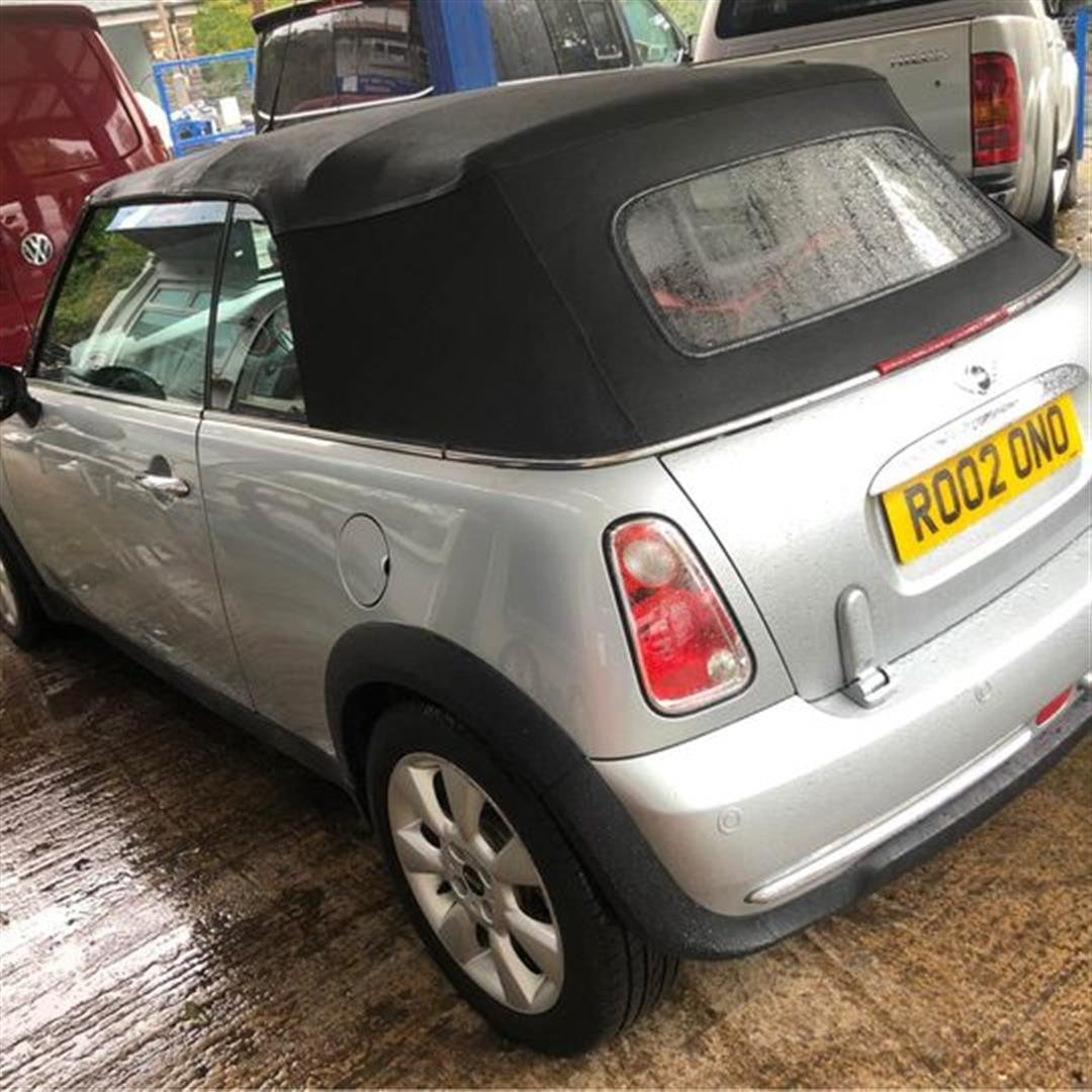 2004 Silver convertible mini one For Sale (picture 5 of 11)