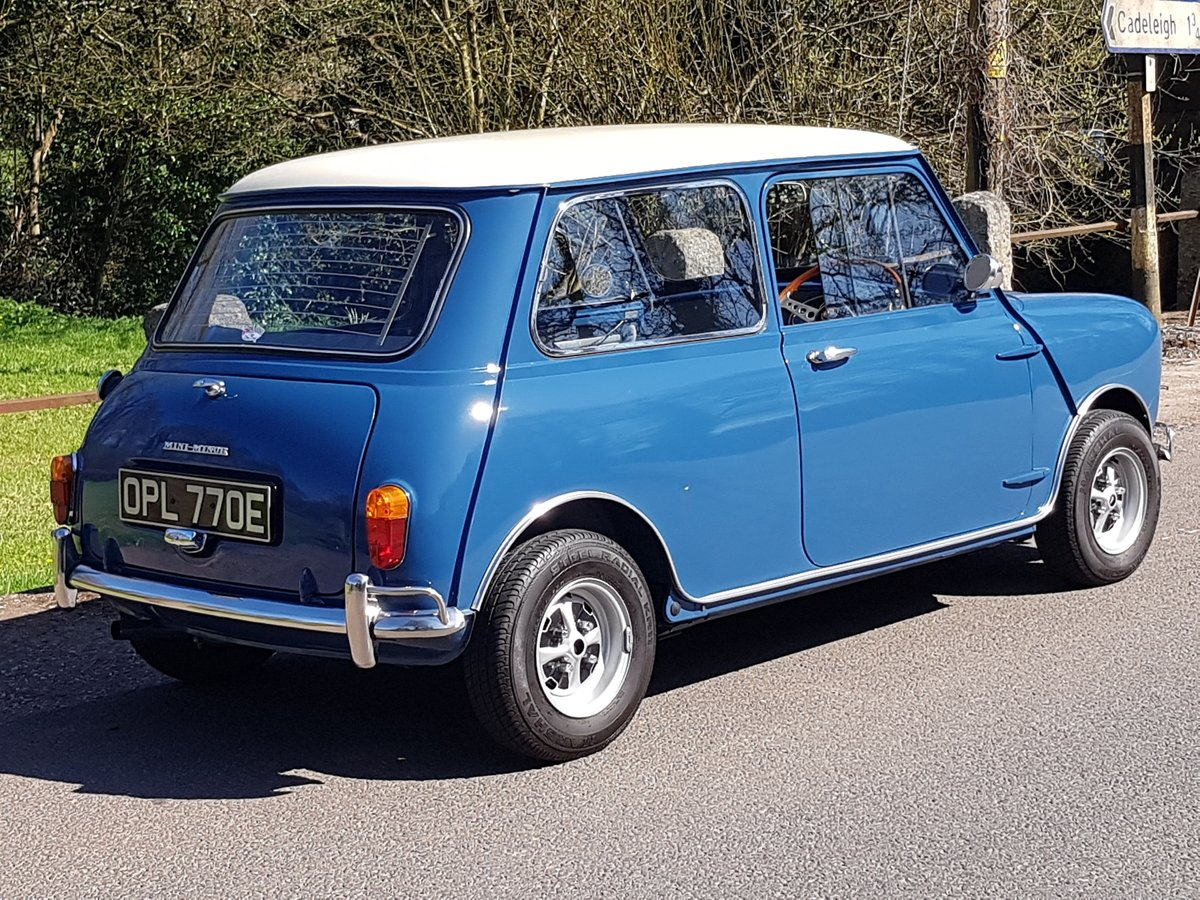 1967 Morris Mini Super Deluxe in Lovely Condition. For Sale (picture 2 of 25)