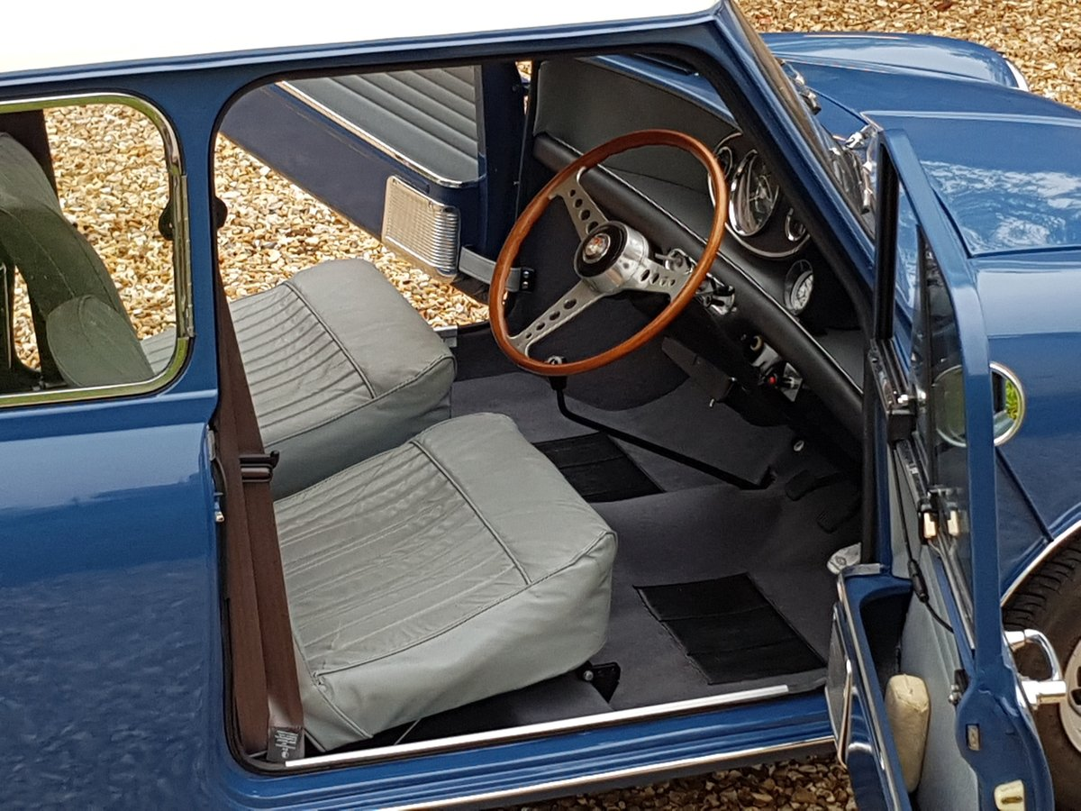 1967 Morris Mini Super Deluxe in Lovely Condition. For Sale (picture 15 of 25)