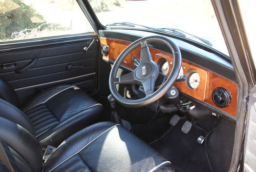 1996 Classic Mini Cooper For Hire (picture 4 of 6)