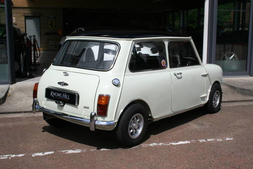 1969 Fully Restored Morris Mini Cooper S MkII 1275!!! For Sale (picture 2 of 6)