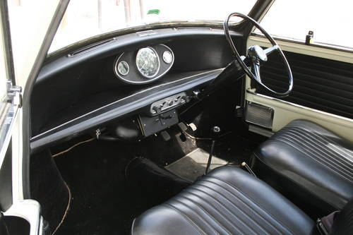 1969 Fully Restored Morris Mini Cooper S MkII 1275!!! For Sale (picture 3 of 6)