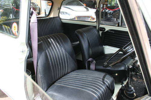 1969 Fully Restored Morris Mini Cooper S MkII 1275!!! For Sale (picture 4 of 6)