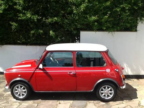 1998 Classic minis wanted For Sale (picture 1 of 6)