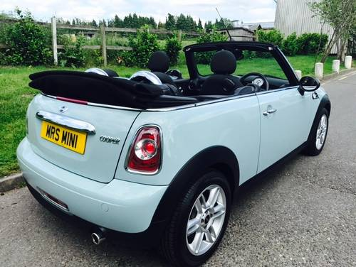2011 MINI Cooper 1.6 Convertible Ice Blue Chili Pack SOLD (picture 3 of 6)