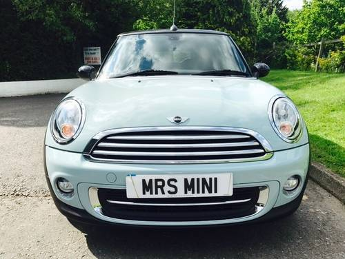 2011 MINI Cooper 1.6 Convertible Ice Blue Chili Pack SOLD (picture 5 of 6)