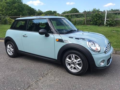 2012 MINI One 1.6 Pepper Pack Ice Blue  SOLD (picture 2 of 6)