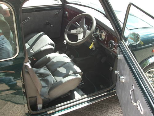 1988 Austin Mini , BRG, Alloys, tuned engine SOLD (picture 4 of 6)