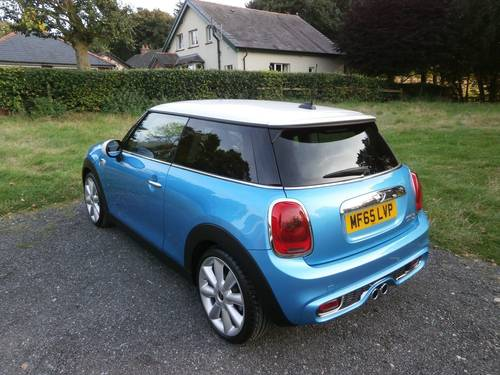 2015 MINI COOPER 'S' 2.0 BLUE/WHITE MEGA SPEC STUNNING!!!! SOLD (picture 3 of 6)