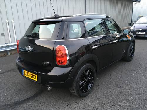 2013 MINI COUNTRYMAN 1.6 COOPER D ALL4 4X4 WITH CHILLI PACK SOLD (picture 3 of 6)