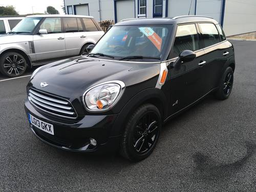 2013 MINI COUNTRYMAN 1.6 COOPER D ALL4 4X4 WITH CHILLI PACK SOLD (picture 5 of 6)
