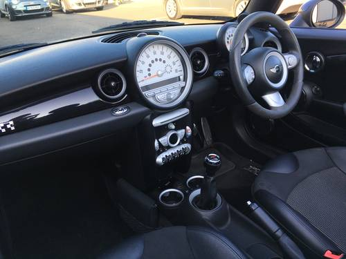 2009 MINI CONVERTIBLE 1.6 JOHN COOPER S WORKS 208 BHP JCW SOLD (picture 6 of 6)