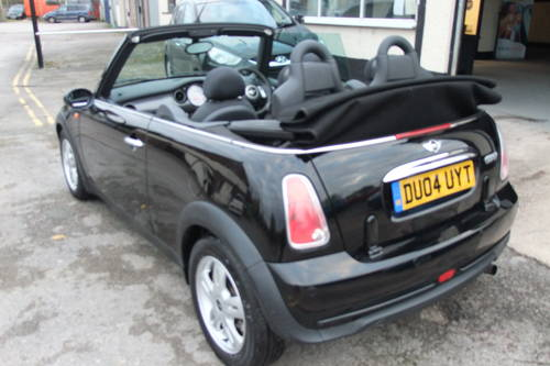 2004 MINI CONVERTIBLE 1.6 COOPER 2DR SOLD (picture 3 of 6)