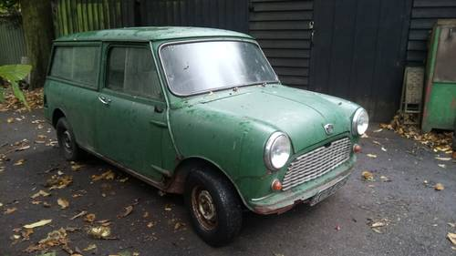1967 Mini Traveller Mk1 SOLD (picture 1 of 4)