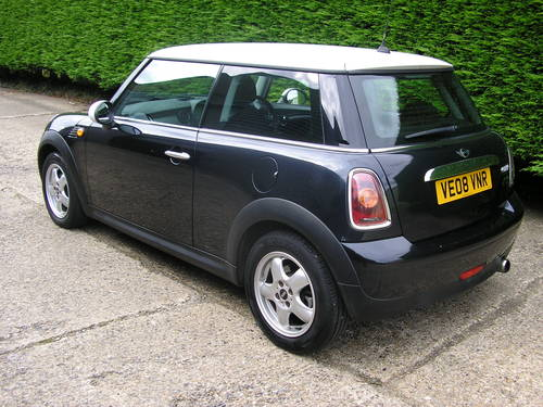 2008  Immaculate Mini Cooper  For Sale (picture 2 of 6)