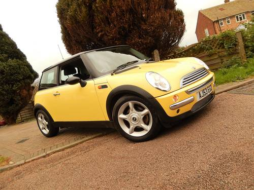 2003 Mini Cooper With 1 Owner From New & Only 17,900 Miles For Sale (picture 1 of 6)