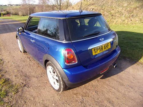 2008 Mini Cooper 1.6 (120) (67,208 miles) For Sale (picture 2 of 6)