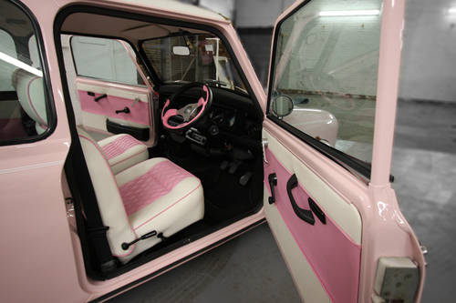 1994 Harajuku Pink Mini Cooper 1.3i 10,497 miles For Sale (picture 3 of 6)