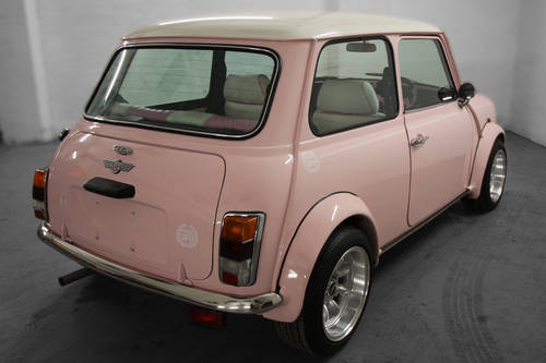 1994 Harajuku Pink Mini Cooper 1.3i 10,497 miles For Sale (picture 5 of 6)