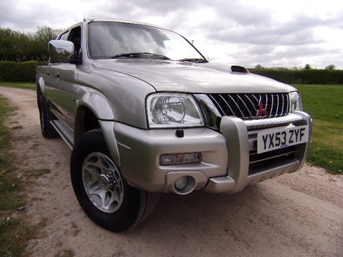 2003 Mitsubishi L200 2.5 TD Warrior 4x4 D/C Pickup (121,514m) For Sale (picture 1 of 6)