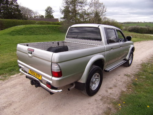 2003 Mitsubishi L200 2.5 TD Warrior 4x4 D/C Pickup (121,514m) For Sale (picture 4 of 6)