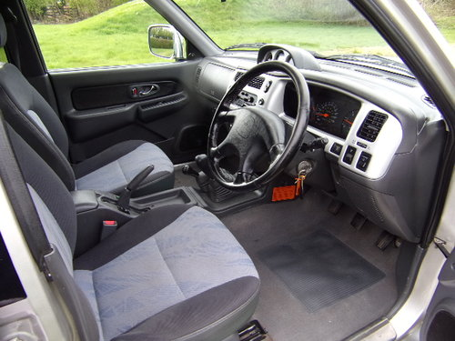 2003 Mitsubishi L200 2.5 TD Warrior 4x4 D/C Pickup (121,514m) For Sale (picture 5 of 6)