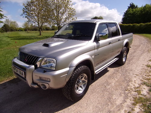 2004 Mitsubishi L200 2.5TD Warrior 4x4 Double Cab (100,794 m) For Sale (picture 3 of 6)