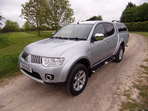 2012 Mitsubishi L200 2.5DI-D Warrior Double Cab (126830 m). For Sale (picture 3 of 6)