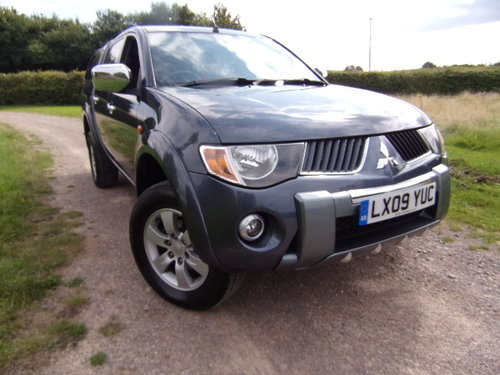 2009 Mitsubishi L200 Warrior D/C 4WD For Sale (picture 1 of 6)