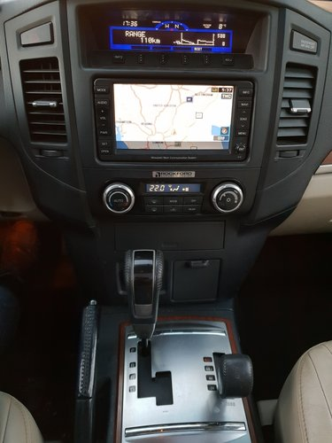 2008 LHD, MITSUBISHI PAJERO 3.2, Dies, LEFT HAND DRIVE For Sale (picture 5 of 6)
