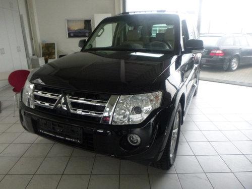 2012 LHD MITSUBISHI PAJERO,3.2,DI-D,AUTO,LEFT HAND DRIVE For Sale (picture 1 of 6)