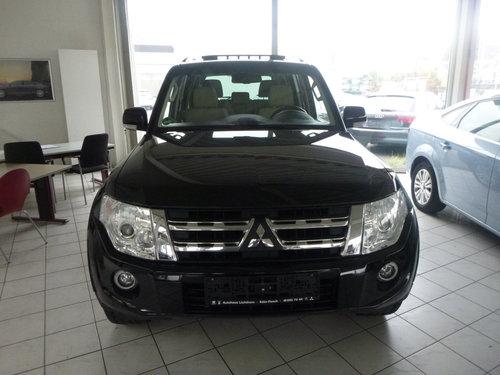 2012 LHD MITSUBISHI PAJERO,3.2,DI-D,AUTO,LEFT HAND DRIVE For Sale (picture 2 of 6)