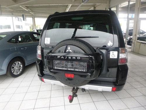 2012 LHD MITSUBISHI PAJERO,3.2,DI-D,AUTO,LEFT HAND DRIVE For Sale (picture 3 of 6)