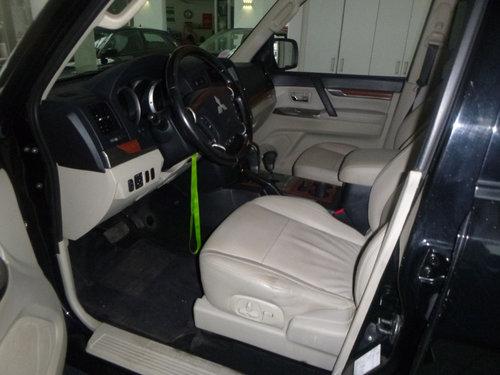 2012 LHD MITSUBISHI PAJERO,3.2,DI-D,AUTO,LEFT HAND DRIVE For Sale (picture 5 of 6)