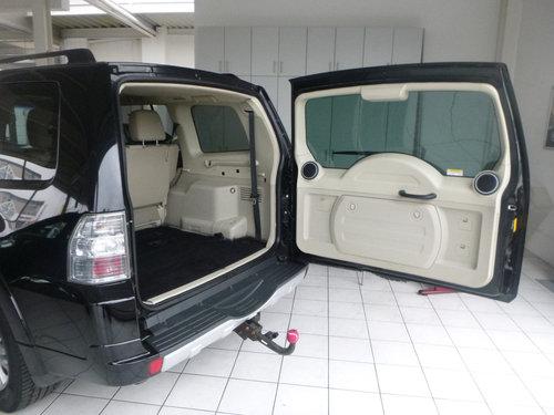 2012 LHD MITSUBISHI PAJERO,3.2,DI-D,AUTO,LEFT HAND DRIVE For Sale (picture 6 of 6)