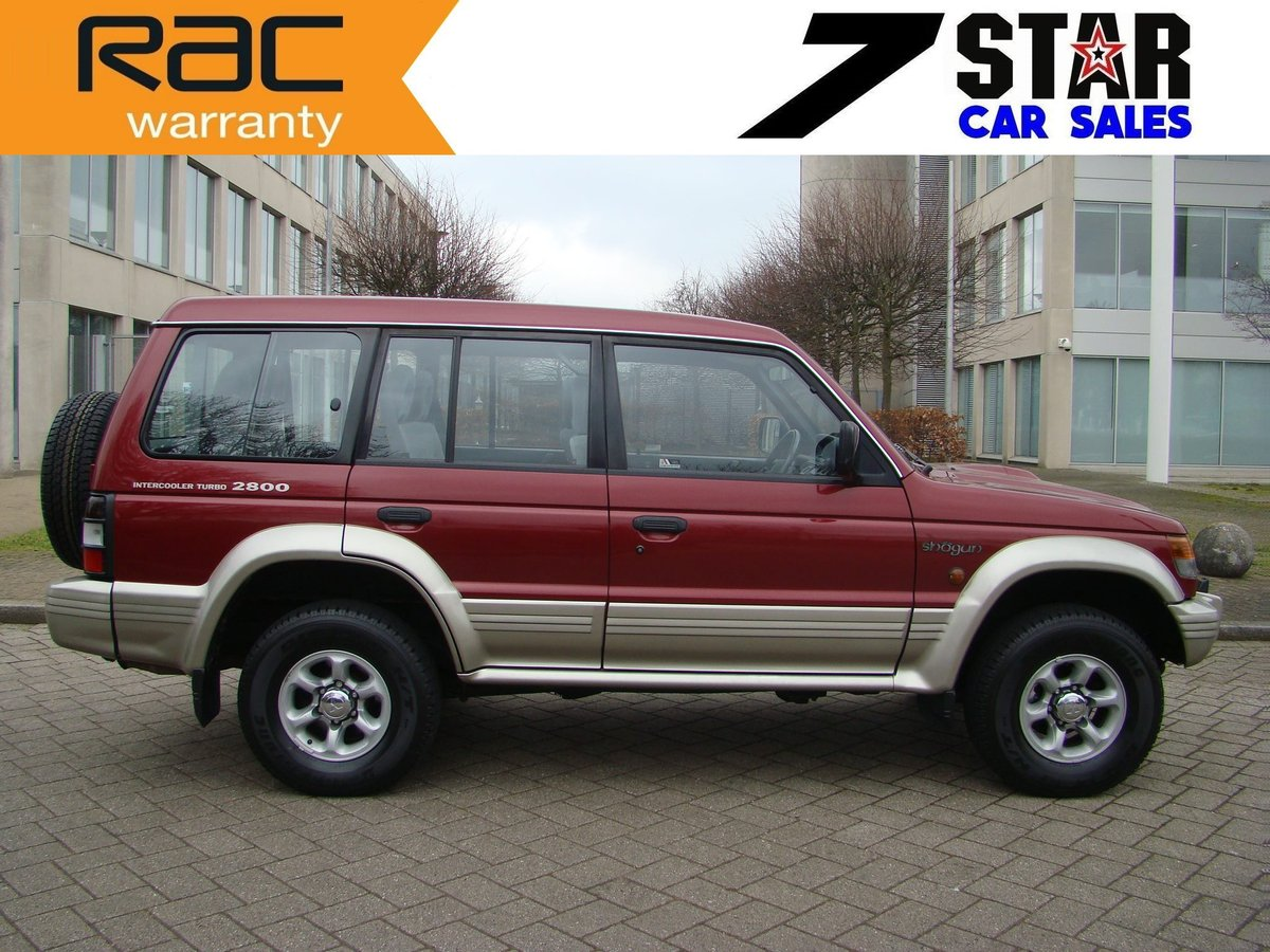 1996 SHOGUN 2.8 TD GLS LWB AUTO ++ JUST 45K MILES FROM NEW ++  SOLD (picture 3 of 6)