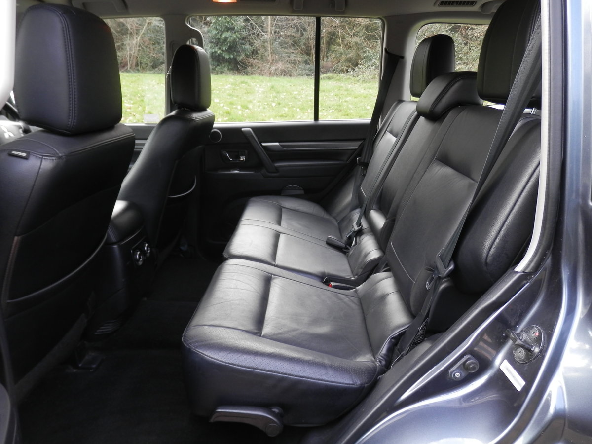 2008 Mitsubishi Shogun Elegance 3.2 Di-D. Auto. 1 Owner. Hi Spec. SOLD (picture 3 of 6)