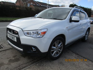2011 EX POLICE MITSUBISHI 4X4 6 SPEED MANAL 137,000 MILES MOTED