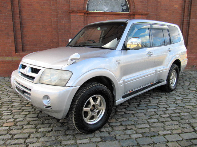 2003 MITSUBISHI PAJERO 3.5 4X4 LONG EXCEED 7 SEATER * LOW MILES For Sale (picture 1 of 6)