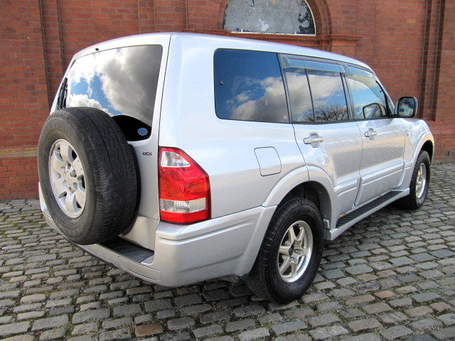 2003 MITSUBISHI PAJERO 3.5 4X4 LONG EXCEED 7 SEATER * LOW MILES For Sale (picture 2 of 6)