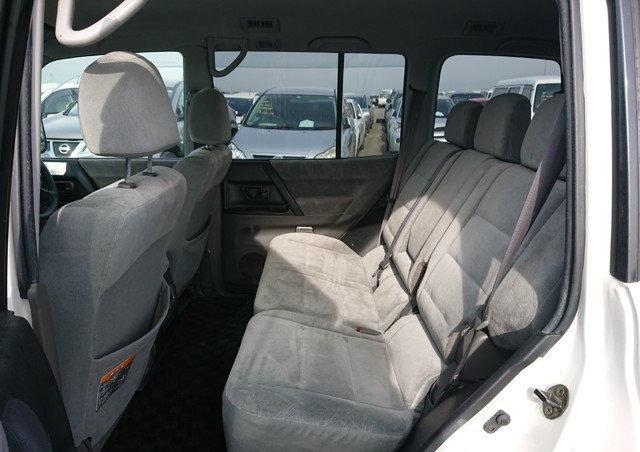 2002 MITSUBISHI PAJERO RARE SHOGUN EXCEED 3.5 AUTO 4X4 7 SEATER  For Sale (picture 4 of 6)
