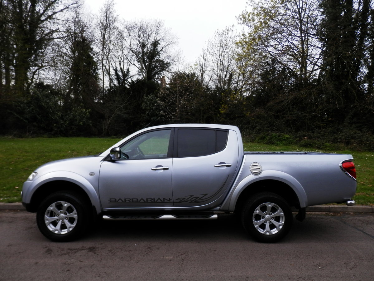 MITSUBISHI L200 BARBARIAN EDITION AUTO.. DOUBLE CAB.. NO VAT SOLD (picture 1 of 4)